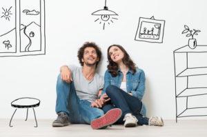 Eheleute überlegen, wie sie ihre Unterkunft ausstatten sollen